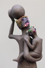 Femme africaine et son enfant (détail) 39,5 cm.JPG